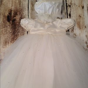 Other - NWT Beautiful Christening Gown 6 months